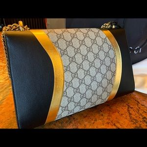 Gucci Bags - Authentic Gucci Medium Padlock Shoulder Bag